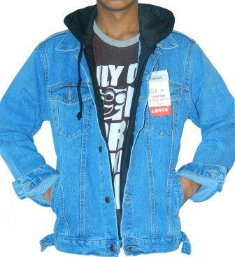 Foto: Jaket Jeans Ariel Noah (hoodie)