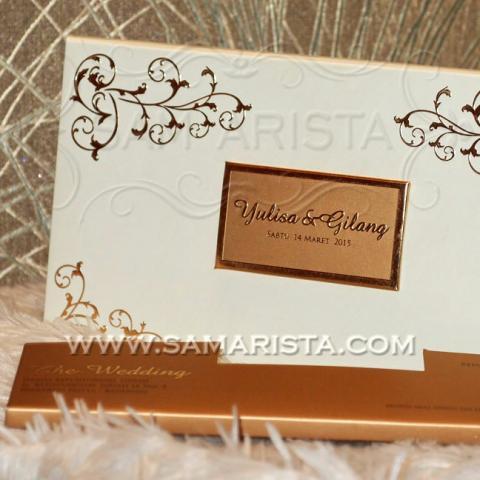 Foto: Cetak Kartu Undangan Pernikahan Emas Harga Murah