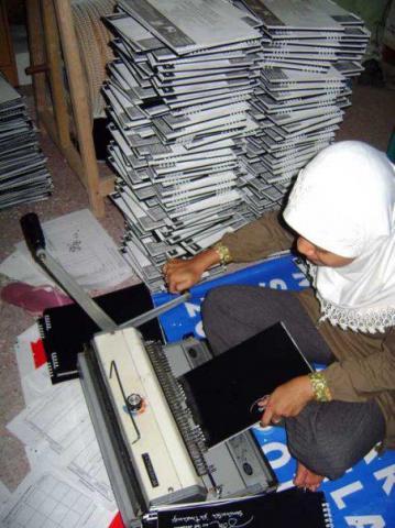 Foto: Percetakan Termurah Surabaya Kalender Meja