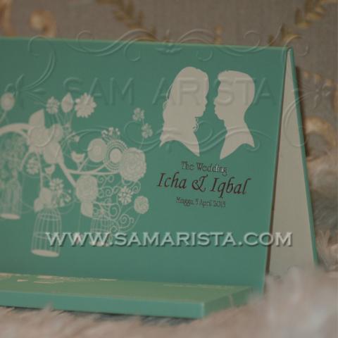 Foto: Undangan Pernikahan Hardcover Cantik Minimalis