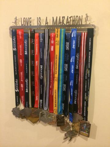 Foto: Medal Hanger / Gantungan Medali Ready Stock