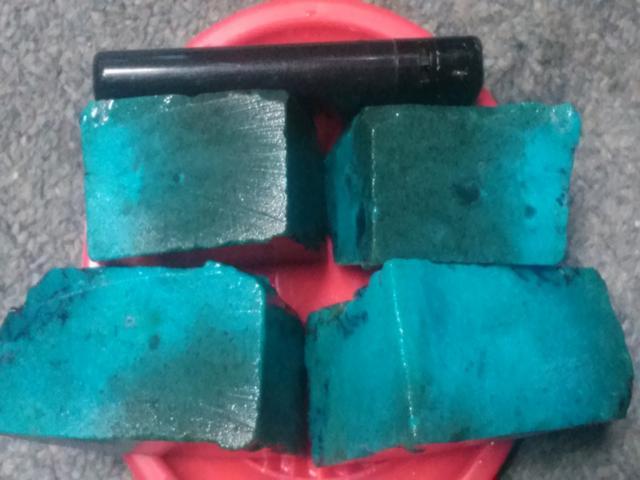 Foto: Pusat Penjualan Batu Bacan Asli Dari Maluku Utara