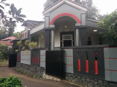 Foto: Dijual Rumah Asri Di Ciawi – Bogor