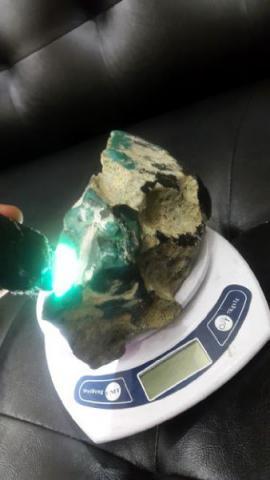 Foto: Bongkahan Batu Bacan Super Keristal Doko Dan Palamea