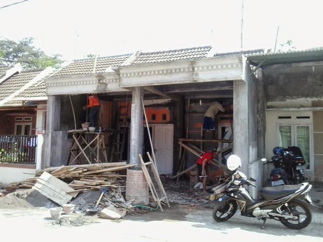 Foto: Jasa Pemasangan Keramik Lantai / Dinding Rumah Borongan
