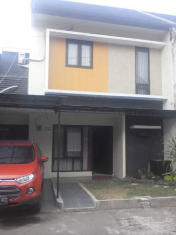 Foto: For Sale – Rumah 2 Lantai Di Cluster Bougenville – Full Furnished