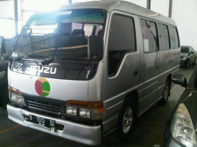 Foto: Dijual Elf Microbus NHR 55 Th 2005