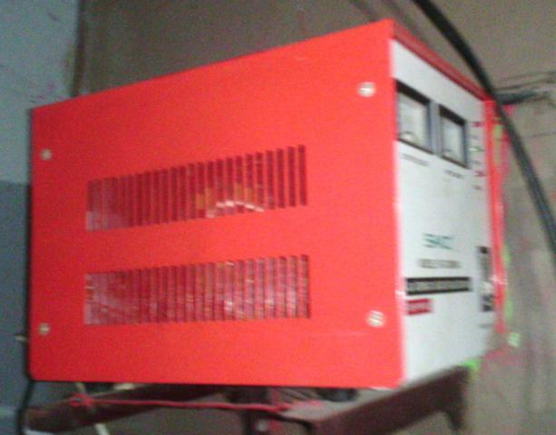 Foto: Ac Automatic Voltage Regulator
