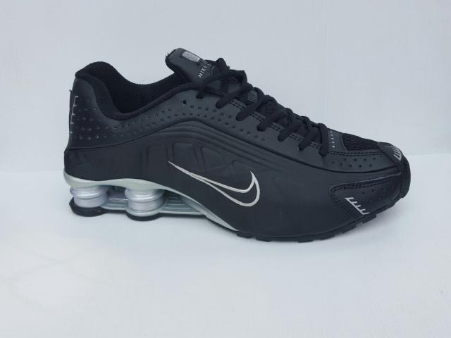 Foto: Sepatu Nike Shox Murah