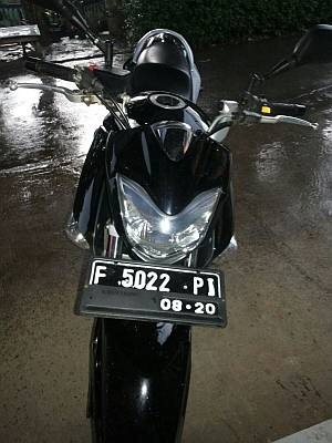 Foto: Dijual Motor Suzuki Inazuma 250cc, Hitam, Tahun 2014