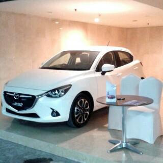Foto: Mazda 2 GT White 2015 (baru)