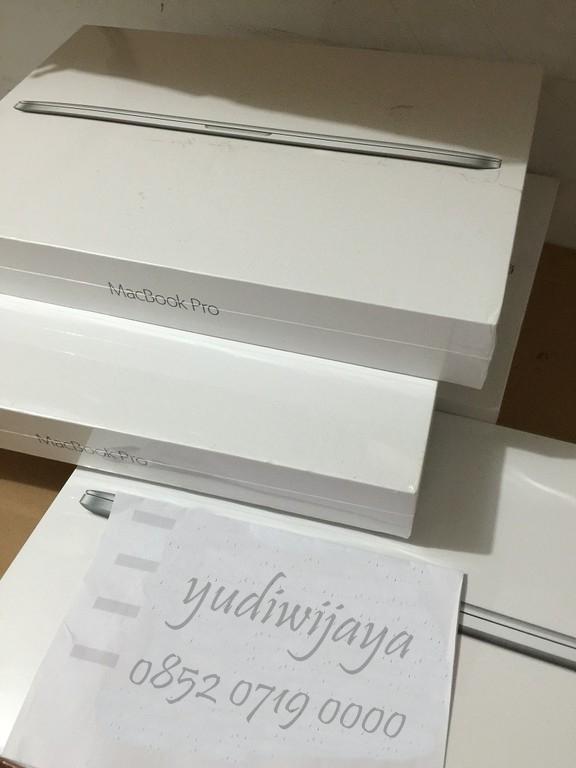 Foto: Menjual Handphone Dan Apple Macbook Baru Original Murah
