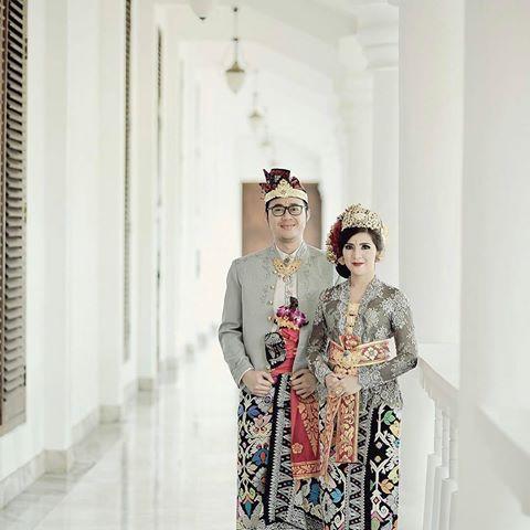 Foto: Paket Hemat Rias Pengantin Bali Surabaya