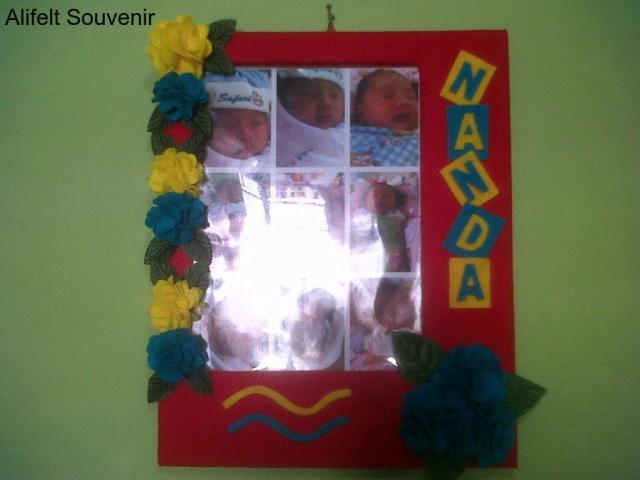 Foto: Craft Pigura Frame Bunga Flanel