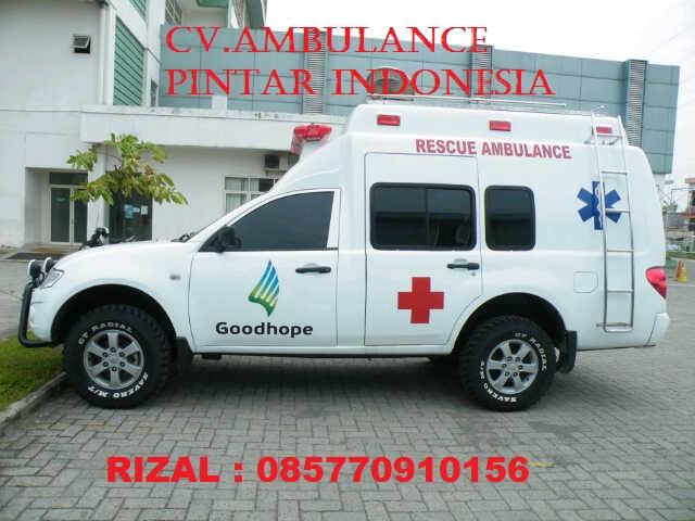 Foto: Anda Butuh Ambulance? Segera Hubungi Kami !
