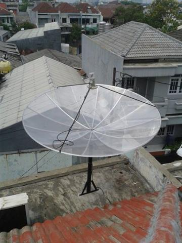 Foto: Agen Pasang Parabola Murah Berkualitas